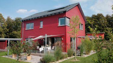 Fassade streichen: Die richtige Farbe für Optik und Schutz ...