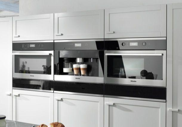 backofen latest kolbe ebed backofen front with backofen best siemens backofen mit vollauszug. Black Bedroom Furniture Sets. Home Design Ideas