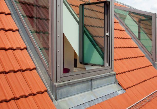 mehr licht und ausblick dachfenster oder gaube. Black Bedroom Furniture Sets. Home Design Ideas