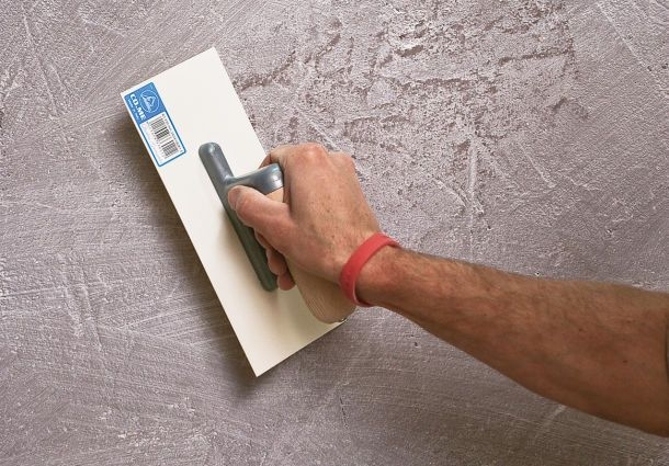 schritt f r schritt wand selbst verputzen. Black Bedroom Furniture Sets. Home Design Ideas