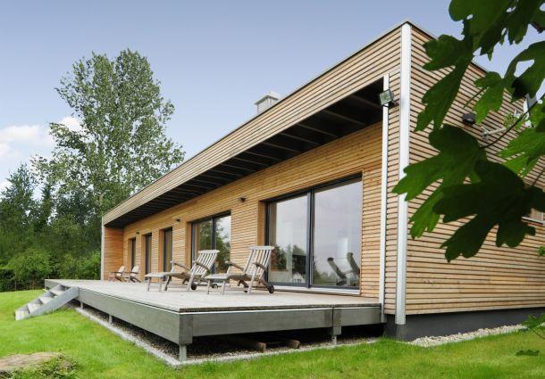 bungalow traumhaftes fertighaus von der stange. Black Bedroom Furniture Sets. Home Design Ideas