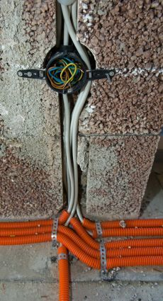 Turbo Elektroinstallation erneuern - bauemotion.de HP16
