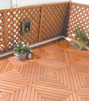 Holzfliesen Auf Dem Balkon Der Richtige Bodenbelag Für Draußen