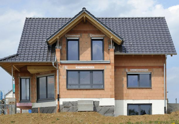 Die Bauweise Massiv In Ziegel Oder Als Holzrahmenbau Bauemotion De