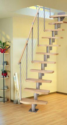 Bodentreppe als platzsparender Zugang zum Dachboden - bauemotion.de