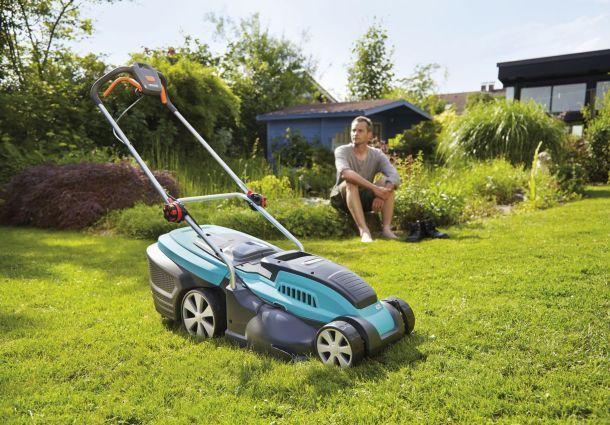 Rasenpflege Von Frühjahr Bis Herbst Bauemotionde